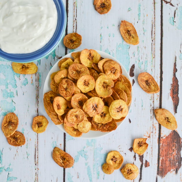 Baked Green Plantain Chips w Garlic Dipping Sauce