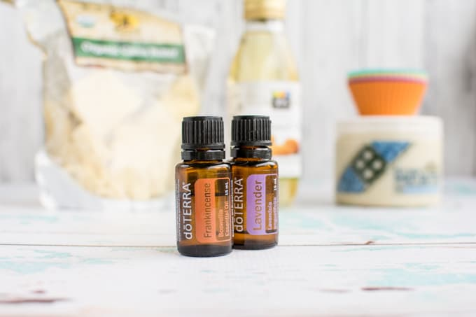 frankincense lavender essential oil for lotion bars