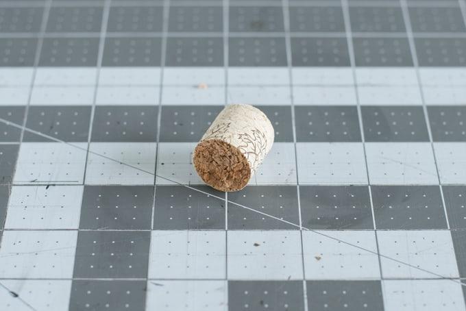 cut-cork-in-half