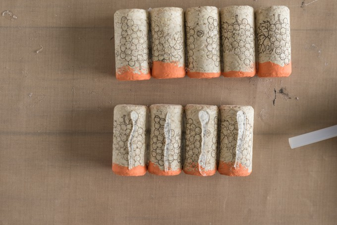 glue-rows-of-cork-together