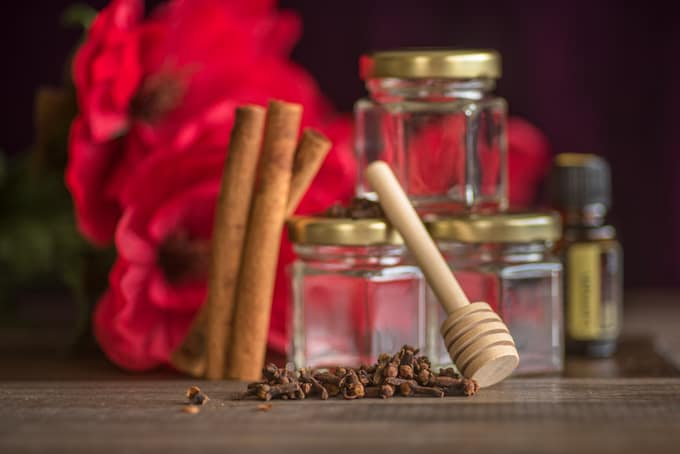ingredients for spiced cinnamon honey