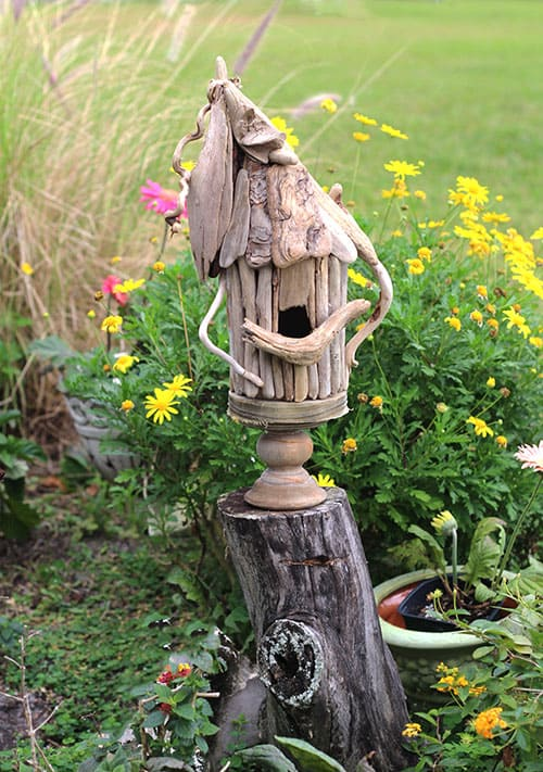 driftwood birdhouse from DIY driftwood