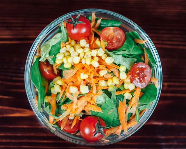 salad is a great travel snack for airplanes