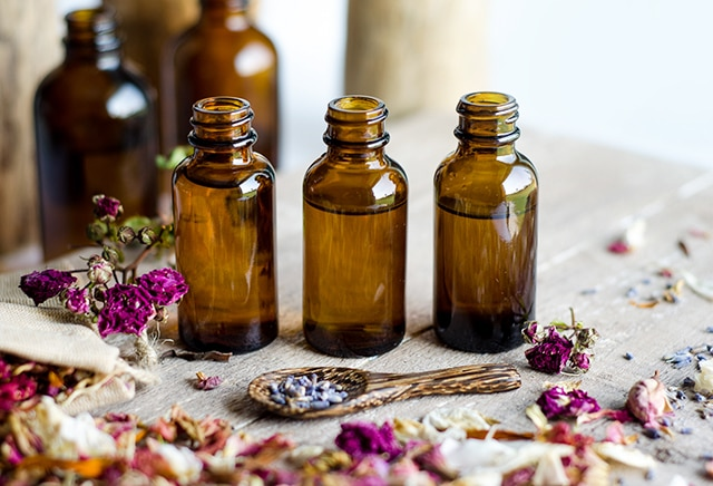essential oils for homemade muscle rub